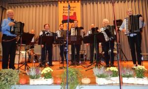 Das Orchester der Heidelberger Harmonika-Freunde am 24.10.2015